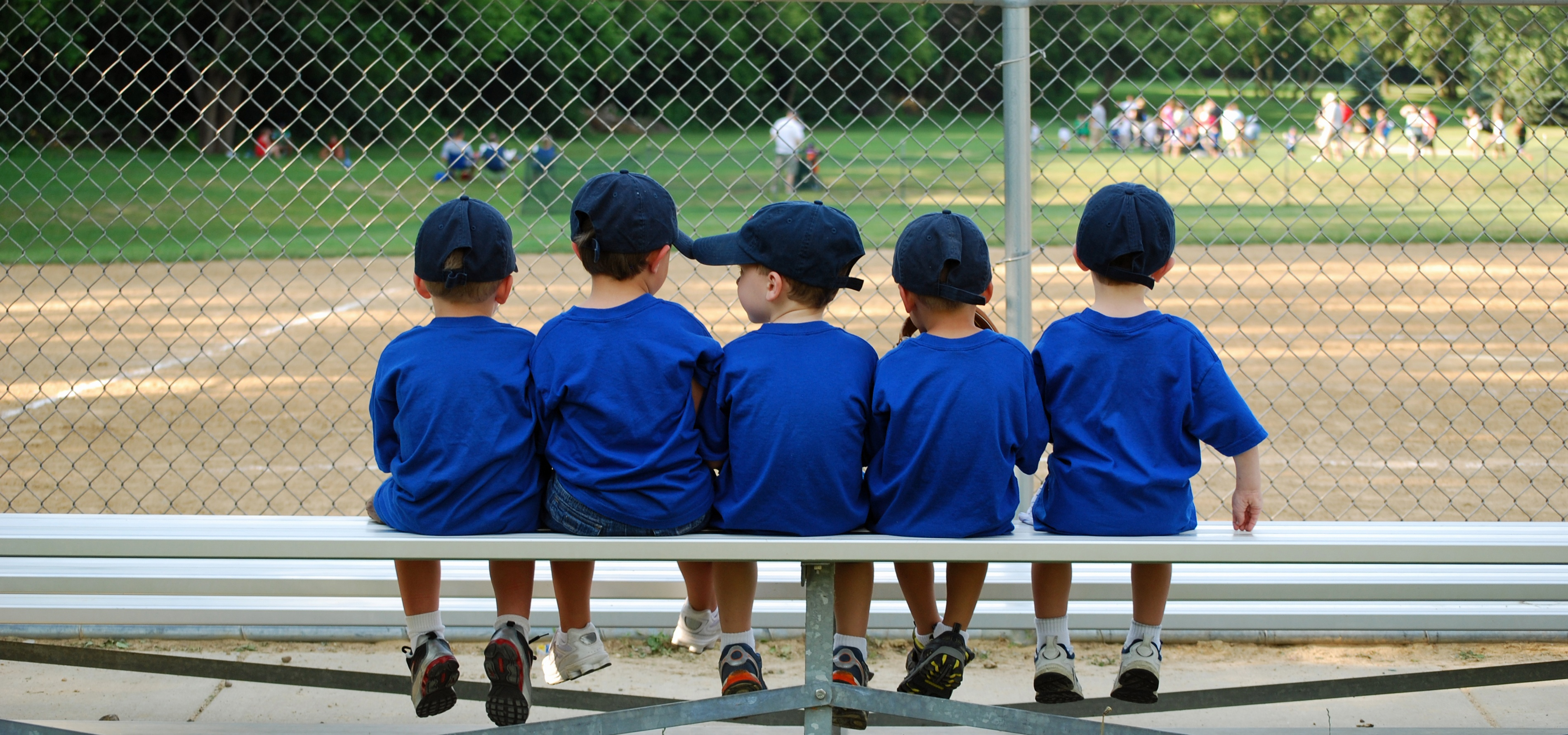 Easy, no selling gift card fundraising ideas for sports and travel sports teams.